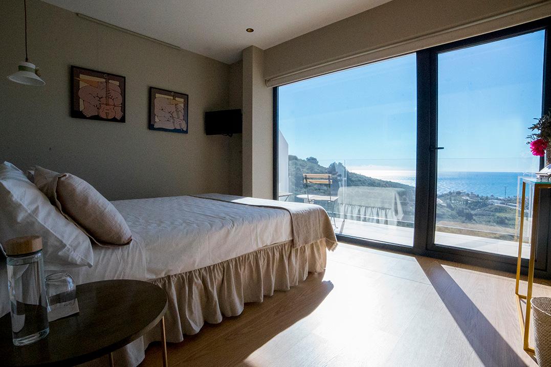 casa-siempreviva-habitacion-doble-terraza-vista-mar-olivo-torrox-malaga-1