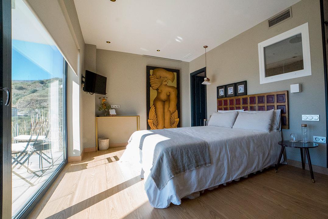 casa-siempreviva-habitacion-doble-terraza-vista-mar-rome-torrox-malaga-4