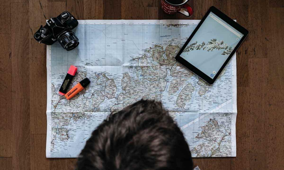 ¿Eres turista o viajero?